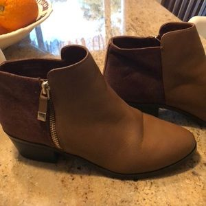 Call It Spring brown ankle booties sz 7